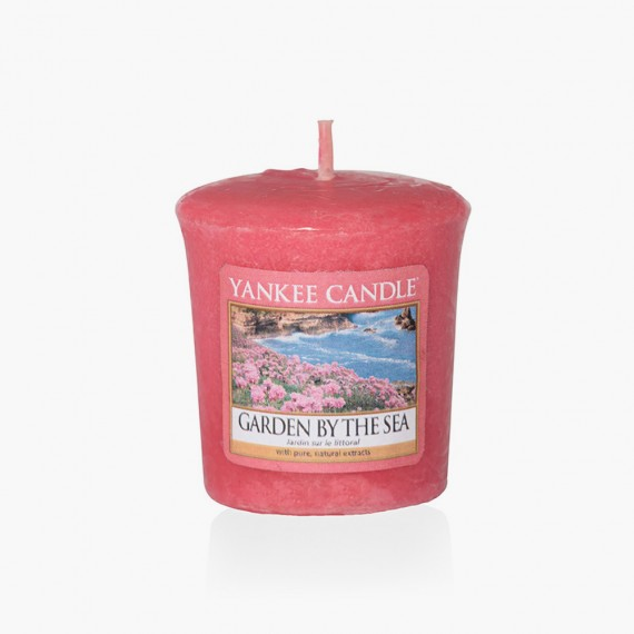 Garden by the sea Votive