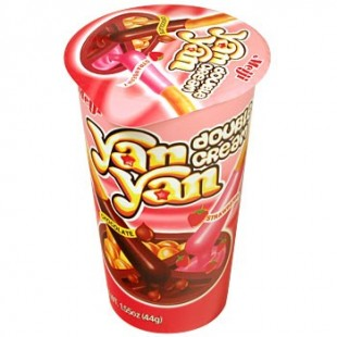 Yan Yan Choco Strawberry