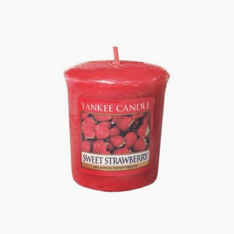 Yankee Candle Votive Sweet Strawberry