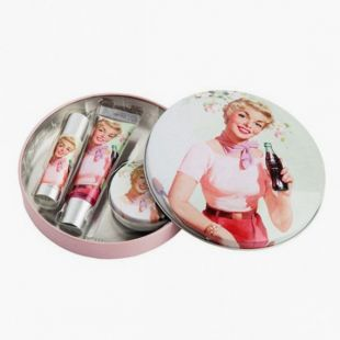 Coca cola Cherry Pin-Up Kit