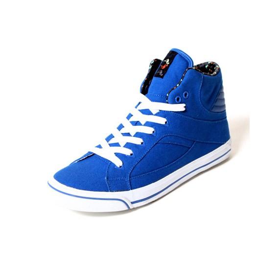 stunny-brooklyn-bleu