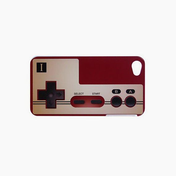 Case Famicom Iphone4